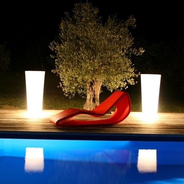 Invite summer into the garden - stunning sun deck design ideas