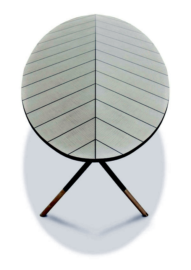 Italian designer furniture and Belechtung of metal and glass