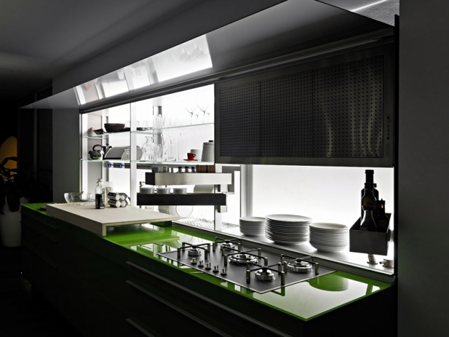 Italian kitchens by Valcucine systems combine style and Ergomonie
