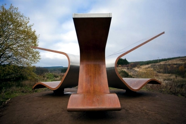 Janus Chairs-a project on the border between art and chair design