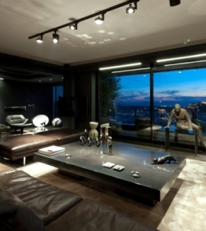 leather furniture and works of art characterize a luxury. Black Bedroom Furniture Sets. Home Design Ideas