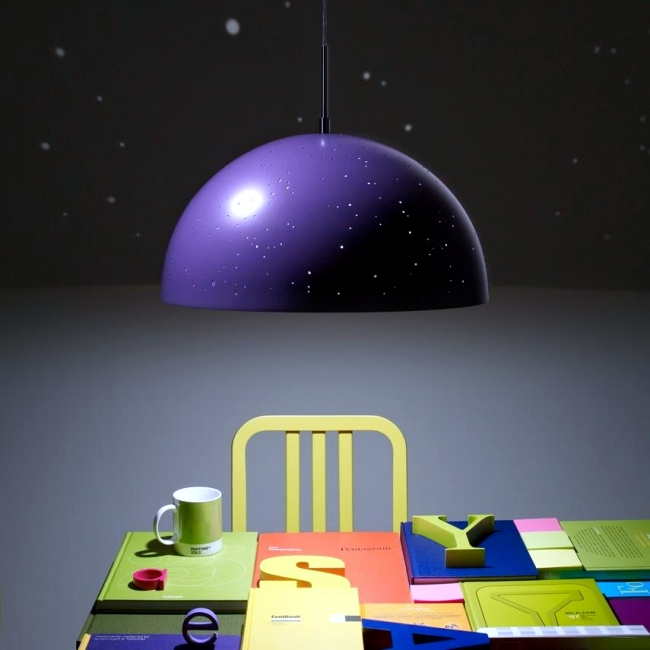 led lamp starry light brings the night sky in your bedroom. Black Bedroom Furniture Sets. Home Design Ideas