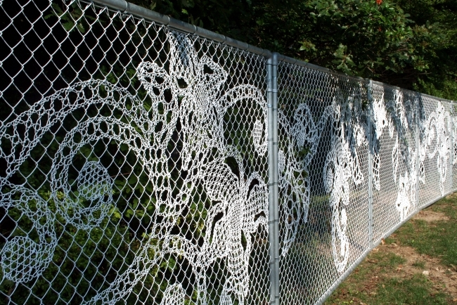 Like fine lace mesh - wire fence of Creative Demakersvan