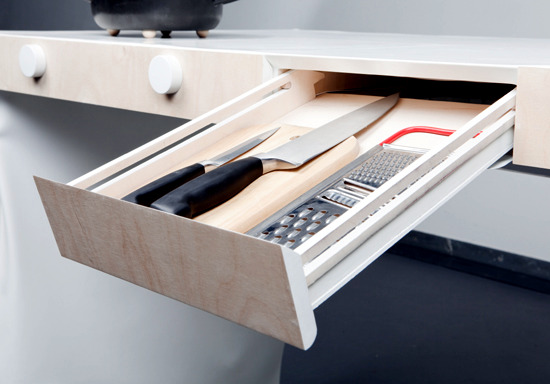 "Limit the kitchen equipment on a piece of furniture - the ""Small kitchen"""