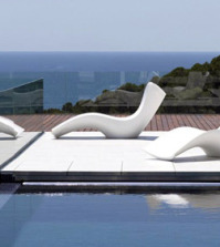 lounge-chair-by-vondom-a-sleeping-chair-for-the-garden-0-2024050104