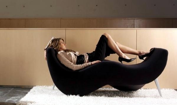 "Lounge chair ""inside"" of Belta offers playful design"