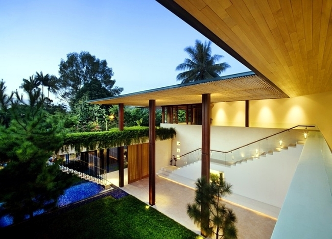 Luxury Family Home Design impressed with sustainable architecture