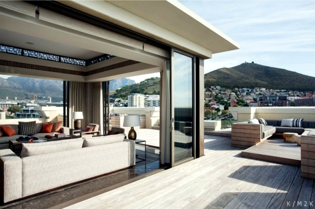 Luxury penthouse apartment on the top floor of a hotel in Cape Town