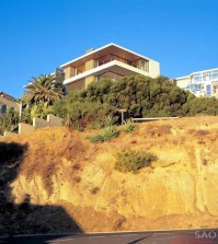 luxury-villa-on-the-slopes-with-stylish-furnishings-and-stunning-sea-views-0-1639240404