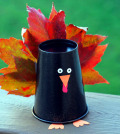 make-animal-figures-made-of-autumn-leaves-themselves-crafting-with-children-0-1068863210