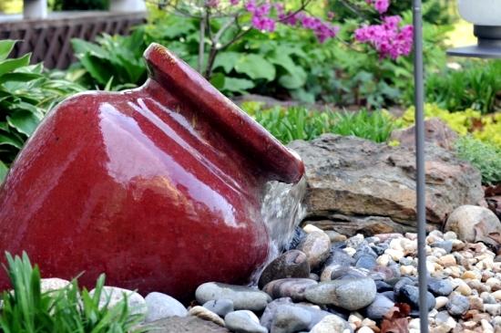 Make beautiful water garden - terracotta fountains for the garden