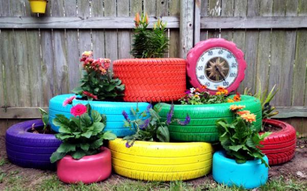 Worn Tires Can Cause Problems. They Often Collect Rainwater And Become A  Breeding Ground For Mosquitoes. Therefore, We Offer Some Ideas For Creative  Gardens ...