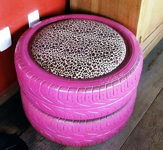 5 Amazing Interior Landscaping Ideas To Liven Up Your Home: Make Gardening Ideas With Old Car Tire Flower Pots And