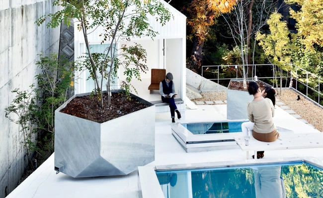 Make Japanese-style roof terrace - House K by Sou Fujimoto