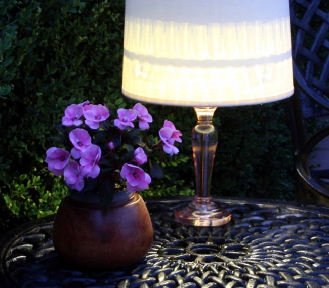 Make solar table lamp itself - a cozy ambience in the garden