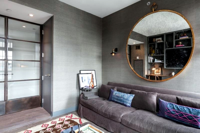 Modern apartment in New York with sleek furnishings and decoration