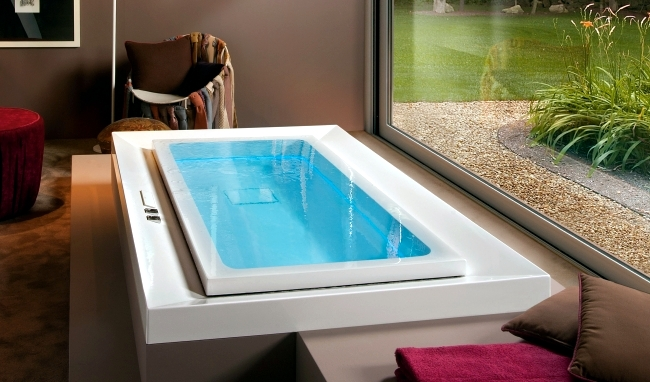 Modern Bathtub With Led Lighting - Dream of Treesse
