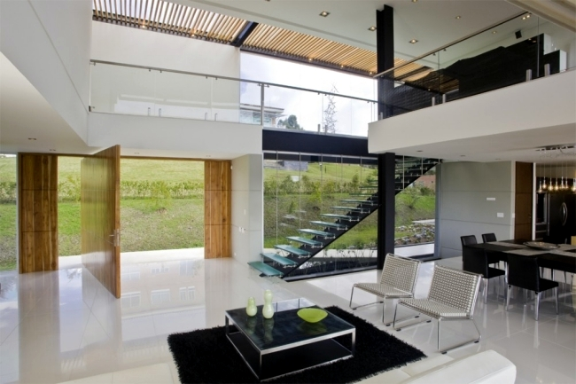 Modern house in Colombia surrounded by a green landscape