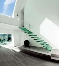 modern-house-of-glass-serves-as-an-attachment-from-the-old-house-in-england-0-1427573889