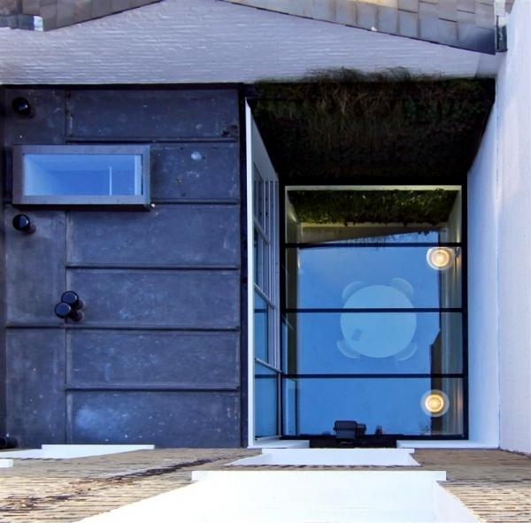 Modern Basement: Modern House Renovation In London