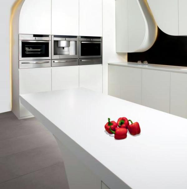 Modern kitchen by Gunni & Trentino harmonic waveforms