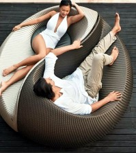 modern-patio-furniture-0-1664024914