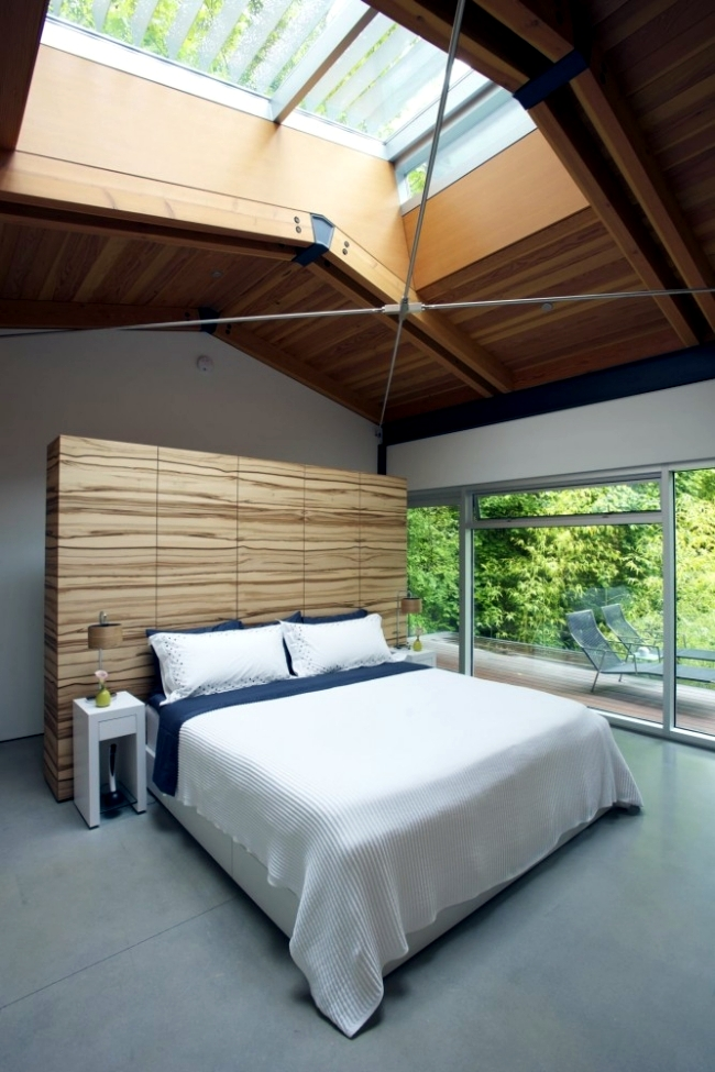 Modern residence built in Vancouver in Eingklang with the natural environment