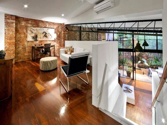 Modern semi-detached house with roof terrace offers comfortable living