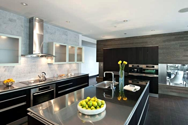 Modern Stainless Steel Kitchens And Classic Metal Accents