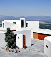 modern-villa-on-marble-stone-foundation-blends-with-the-environment-0-6277198