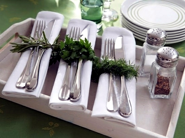 Napkin Folding - beautiful table decorations in the dining room do it yourself