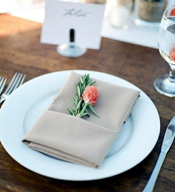 Napkin Folding u2013 beautiful table decorations in the dining ...