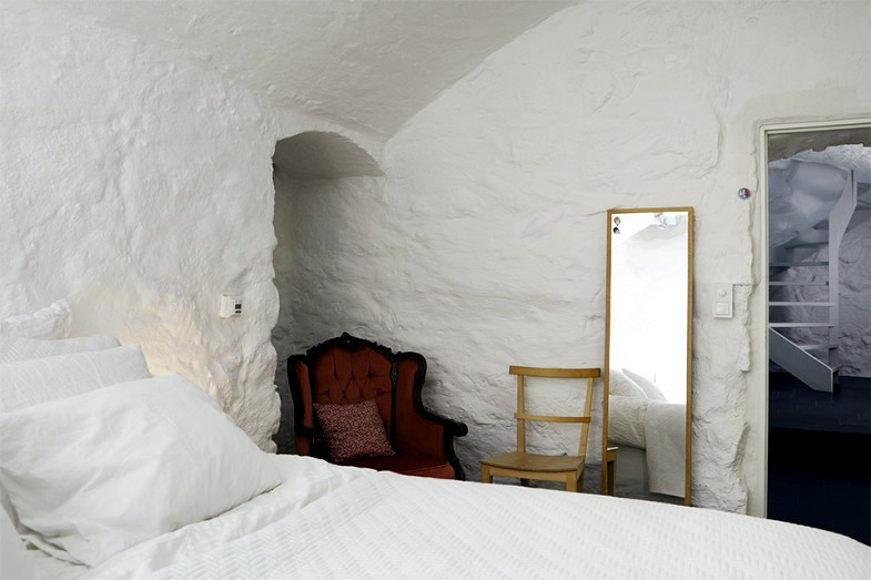 Nordic air inside the cave