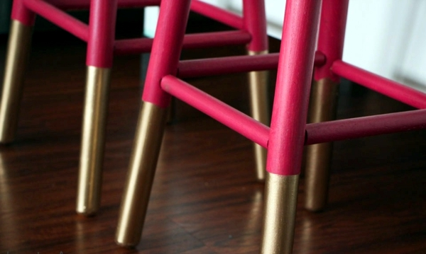 Old furniture emphasize quick-guide for two-color combinations