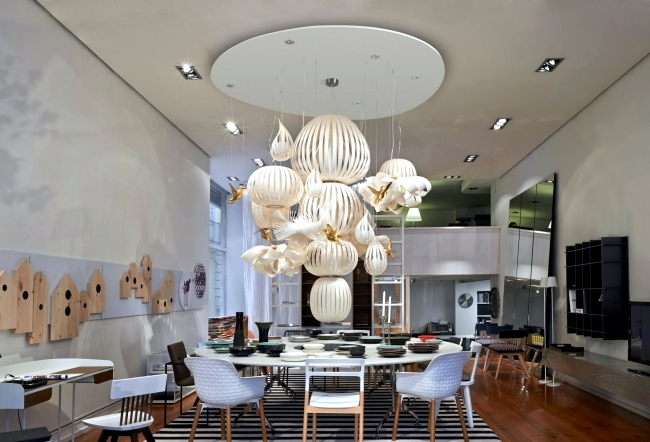 Opulent chandeliers design with bird motifs from LZF Lamps