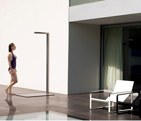 Outdoor shower - Outdoor Shower provide summer fun for young and old