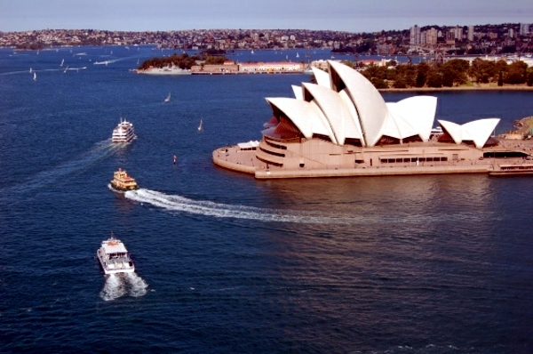 Plan a Trip to Australia - 10 ideas for entertainment in Sydney