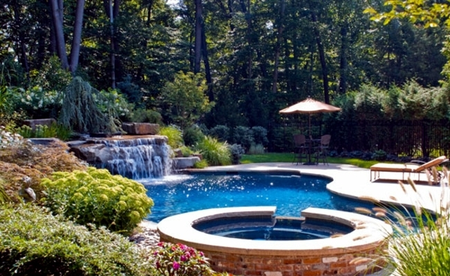 Pool In The Garden Or In The House Build ? 105 Pictures Of ... 15 Designs Wasserfall Swimming Pool