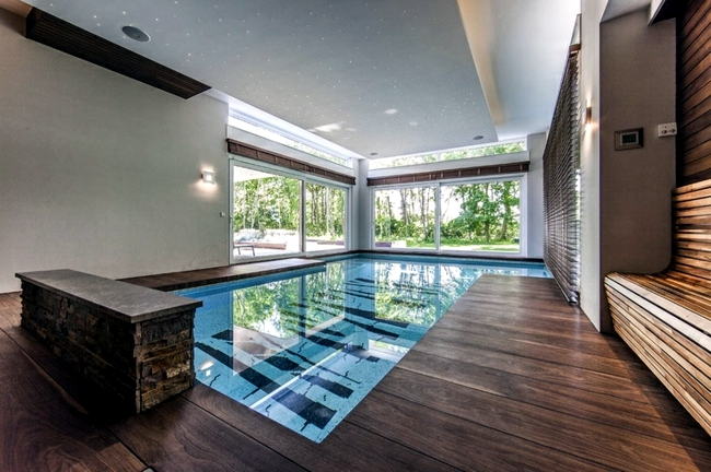 Pool in the garden or in the house build - 105 pictures of swimming pools