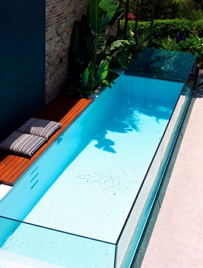 pool in the garden or in the house build 105 pictures of swimming pools interior design. Black Bedroom Furniture Sets. Home Design Ideas