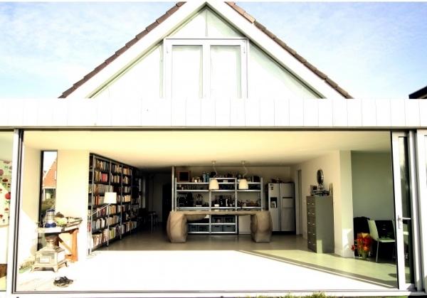 Poured concrete kitchen island - kitchen island design by Thomas Linssen