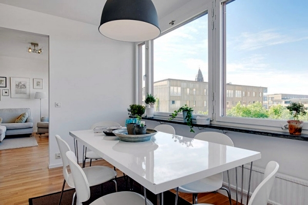 Renovated apartment in Gothenburg, Sweden offers impressive city views