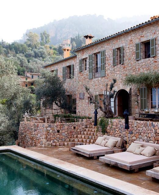 Balearic house archi