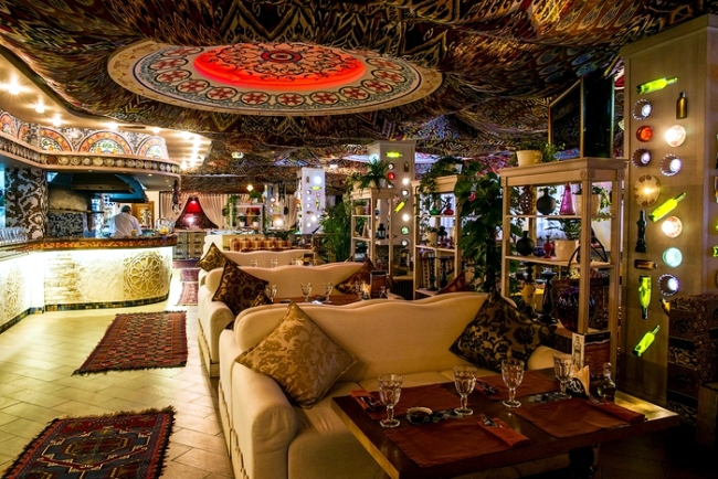 Restaurant Design in Moscow with authentic Oriental ...