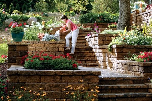 Retaining wall in the garden 15 ideas for designing - Wall im garten anlegen ...