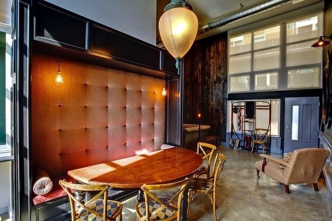 Retro interior design with industrial touch in a chic LA apartment