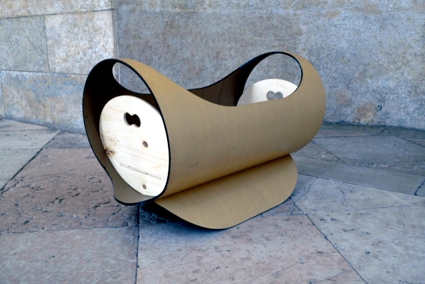 Revolutionary Lulla cot design from recycled materials