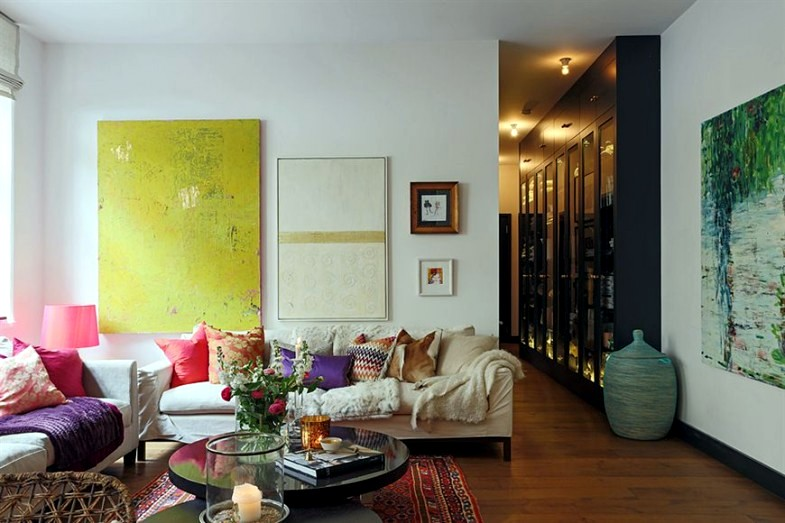 Richly decorated apartment