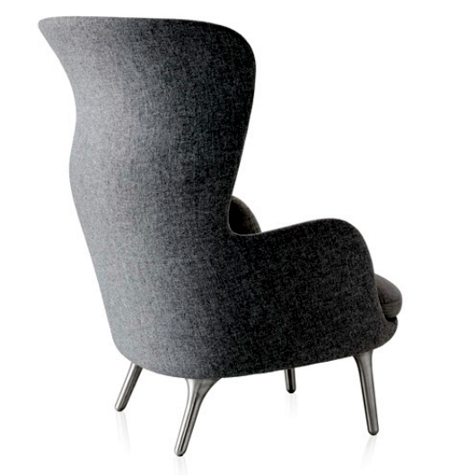 Ro Armchair Design by Jaime Hayón for comfort and relaxation