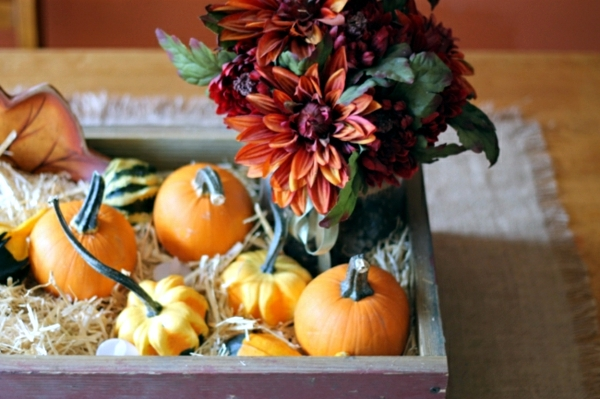 Rustic Autumn table decoration - wooden box with fruit and candles